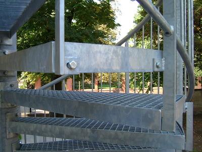 Detail Verbindung Treppengeländer-Stufe